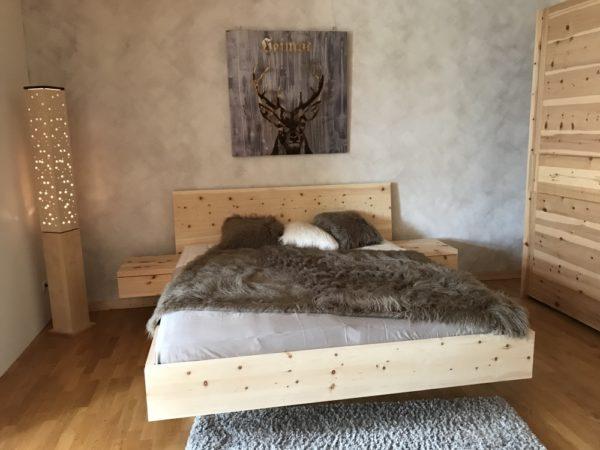 Zirbenholzbett Murnau