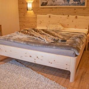zirbenholzbett-landsberg-seite